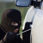 trộm xe oto